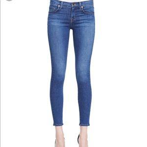 J BRAND skinny leg Pacifica Jean 910